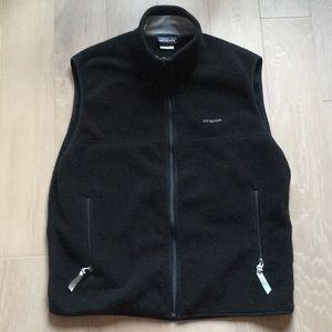 "Men's Patagonia ""Synchilla"" Vest - Black, Large"